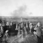 Cannone britannico in azione durante la battaglia di Magersfontein, 1899