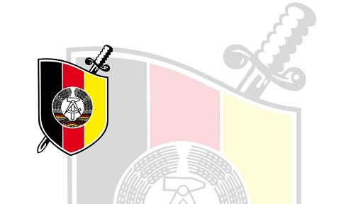 Il simbolo della Stasi 7