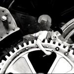 Charlie Chaplin in Tempi moderni, 1936