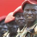 Militari della guardia presidenziale durante una parata a Juba - Steve Evans