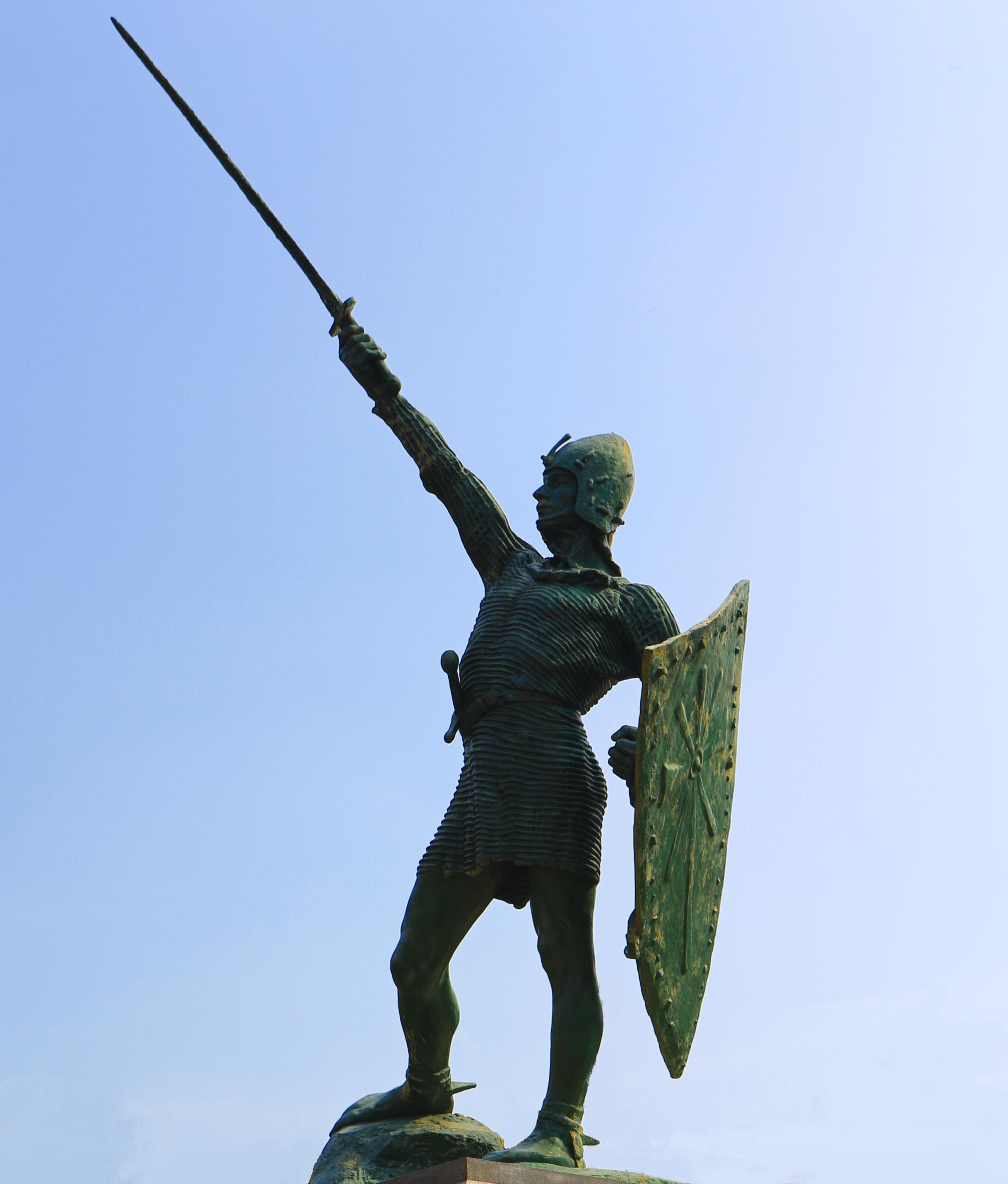 Il monumento dello scultore Enrico Butti