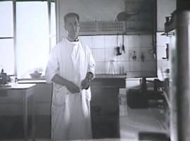 Sacerdoti nel laboratorio dell'ospedale dei fatebenefratelli 1942.