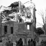 L'ospedale Regina Elena colpito dalle bombe, luglio 1943.